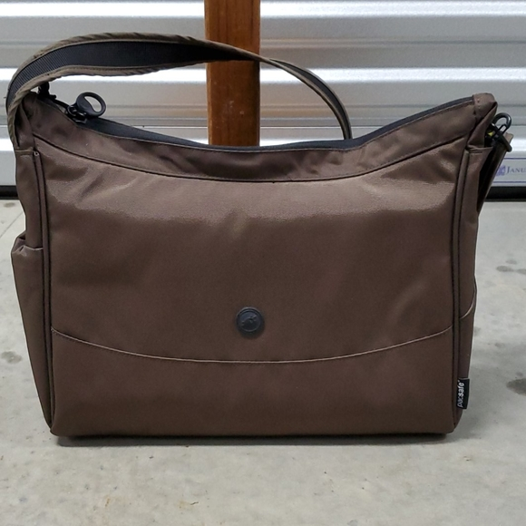 Pacsafe Handbags - Anti-theft Travel Handbag